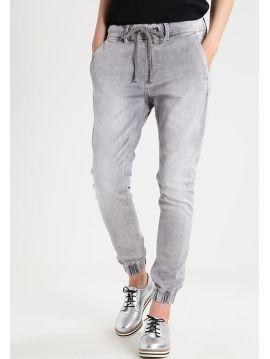 Džíny Gymdygo Pepe Jeans COSIE šedé