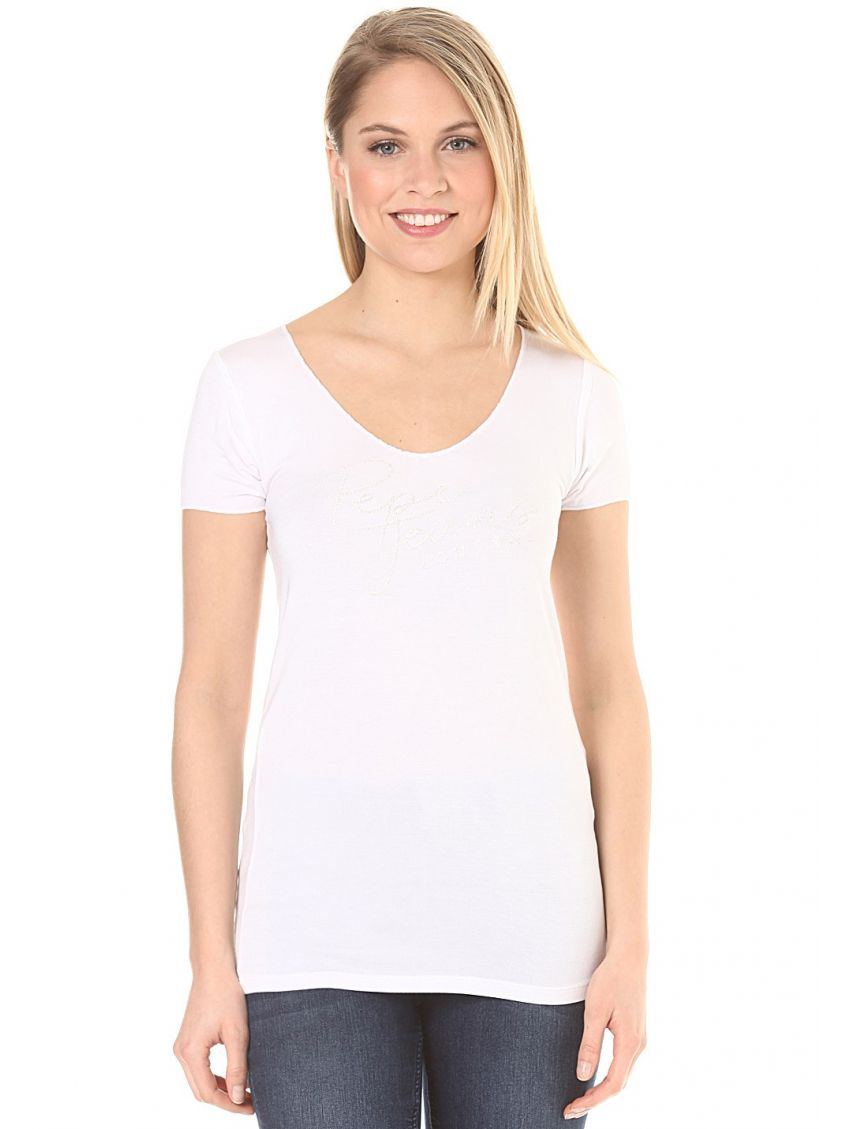 b594edfed51 Dámské bílé tričko s výšivkou Pepe Jeans KATE - 919 CONCEPT STORE
