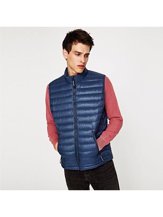 5a06be062102 Prošívaná pánská péřová vesta Pepe Jeans TOME - 919 CONCEPT STORE